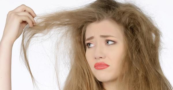 Saç Kuruluğu Nedir?