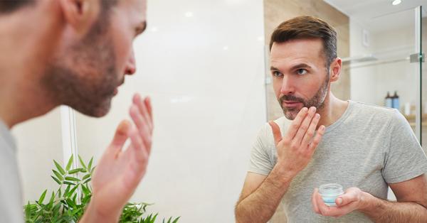 Erkekler İçin Pratik Cilt Bakım Önerileri